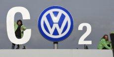Le constructeur allemand tente de faire barrage à une association de petits actionnaires