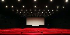 Les cinémas et casinos en France rouvriront dès lundi.