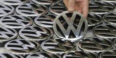 Une enquête pour manipulation est en cours visant le patron de Volkswagen mais aussi, son prédécesseur et l'actuel président du conseil de surveillance.