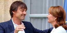 Nicolas Hulot et Ségolène Royal lors de la passation des pouvoirs au ministère de l'Environnement.