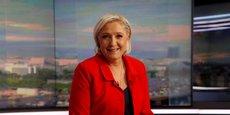 Marine Le Pen (Front national) a annoncé sa candidature dans le fief frontiste d'Hénin-Beaumont pour les législatives.