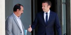Philippe Martinez (CGT) et Emmanuel Macron, sur le perron de l'Elysée, le 23 mai.