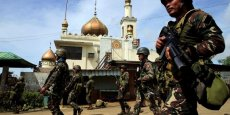 COMBATS CONTRE DES REBELLES ISLAMISTES AUX PHILIPPINES