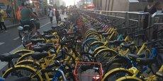Si les vélos sont généralement bien rangés, lorsque la place manque, il y a parfois quelques petits ratés.