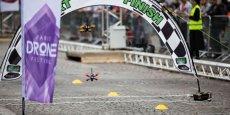 Les drones de la course peuvent passer de 0 à 100 km/h en moins de deux secondes.