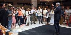 Yoyo a été officiellement lancé au centre commercial Mériadeck à Bordeaux. A droite : Eric Brac de La Perrière.