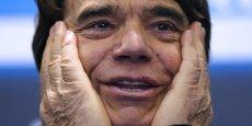 Le montant que Bernard Tapie aura réellement à payer fait aussi l'objet d'un bras de fer judiciaire: le CDR, qui estime devoir recevoir les 404 millions d'euros plus les intérêts générés jusqu'à fin 2015, a lancé un recours contre une décision qui a raboté sa créance de 117 millions d'euros.