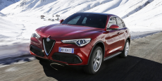 L'Alfa Romeo Stelvio manie à la perfection l'élégance et la sensualité.