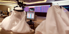 Traders à la Bourse de Doha.