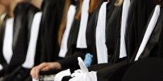 La projet de réforme des régimes spéciaux alimente une nouvelle manifestation, celle des avocats, qui prévoient de déserter une très grande majorité des audiences ce lundi.