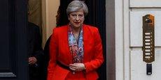 La Première ministre Theresa May, dont le Parti conservateur a perdu la majorité absolue, a refusé (pour l'heure) de démissionner.