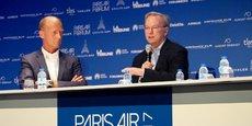 Tom Enders (à gauche) et Eric Schmidt ce vendredi, au Paris Air Forum.