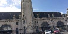 La LGV va mettre La Rochelle à 2h30 de Paris. Au point de dynamiser le marché immobilier rochelais ? Sans doute pas selon la plupart des acteurs locaux, qui jugent le nombre de trains express trop faible (2 La Rochelle Paris et 1 Paris La Rochelle en semaine à partir de septembre) pour avoir une influence.
