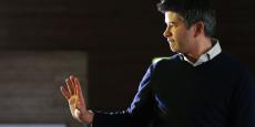 A contre-cœur, semble-t-il, le fondateur et dirigeant d'Uber, Travis Kalanick, a accepté la demande des investisseurs de se retirer de l'entreprise. Il continuera cependant de siéger au conseil d'administration.