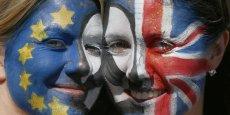 Après le référendum du 23 juin 2016, les Britanniques semblent en désaccord avec le hard Brexit que veut enclencher la Première ministre Theresa May.