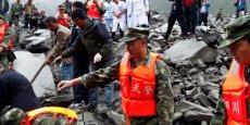CHINE: UN VILLAGE DU SICHUAN DÉVASTÉ PAR UN ÉBOULEMENT
