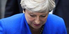 La Première ministre britannique Theresa May est sortie fortement affaiblie des législatives anticipées, mi-juin, avec la perte de sa majorité absolue.