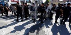 LA POLICE D'ISTANBUL DISPERSE DES PARTICIPANTS DE LA GAY PRIDE