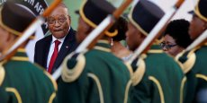 Le président Zuma subit depuis en plus en plus la pression de ses adversaires, notamment au sein de l'ANC, où des ministres demandent aujourd'hui le changement du nom du pays.