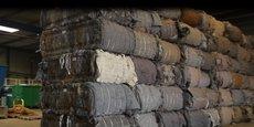 En France, sept sites de démantèlement de matelas usagés permettent de séparer d'autres composants la la mousse, ensuite utilisée pour créer des isolants, des amortisseurs, etc.