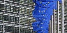 En mars 2015, les dirigeants européens avaient décidé de lier la durée de ces sanctions à la mise en œuvre intégrale des accords de Minsk, censés permettre une trêve des combats et un début de dialogue politique entre rebelles et gouvernement de Kiev.