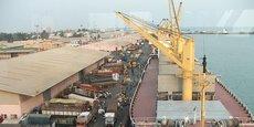 Le port de Cotonou dessert la plupart des pays de l'hinterland comme le Mali, le Burkina Faso et le Niger.