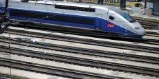 Les deux nouvelles lignes TGV relieront Paris à Bordeaux en 2H04 et à Rennes en 1H25 à partir de dimanche.