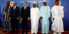 Les dirigeants des pays du G5 Sahel et le président français Emmanuel Macron, lors du sommet de la création effective de la force commune anti-terroriste au Sahel, le 2 juillet à Bamako, la capitale du Mali.