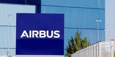 Le programme de restructuration a conduit à la fusion à Toulouse de la branche d'aviation commerciale (Airbus SAS) avec le groupe (Airbus Group SAS)