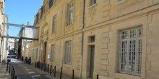 Situé non loin de la rue Sainte-Catherine, le collège Cheverus (notre photo) est entouré des logements les plus chers de l'étude .