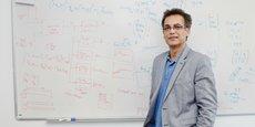 Ali Zolghadri, chercheur du CNRS au laboratoire de l'intégration du matériau au système, travaille sur la thématique du pilote virtuel depuis un an et demi
