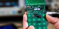 L'Université de Washington a élaboré le prototype du premier téléphone sans batterie.