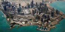 Les quatre pays du Golfe accusent le Qatar de ne pas avoir respecté deux accords de non-agression signés. Photo : vue aérienne de Doha, la capitale du Qatar.