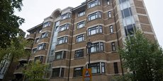 C'est dans ce complexe au nord de Londres que l'ancienne ministre Diezani Alison-Madueke possédait un bien immobilier et où elle avait été arrêtée, en octobre 2015, en même temps que quatre autres personnes dans le cadre d'une enquête britannique sur des soupçons de corruption et de blanchiment d'argent.