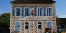 L'Assemblée des départements de France a salué l'annonce d'Emmanuel Macron de rouvrir le débat sur la recentralisation de la gestion du RSA pour éviter l'étranglement financier de certains départements. Mais les départements attendent maintenant du concret.