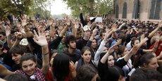 De jeunes italiens prennent part à une manifestation en 2011, à Rome.