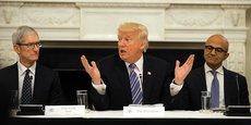 Selon les deux universitaires américains de l'étude, le cours des actions des entreprises dont le Pdg a rencontré Trump augmenterait de 0,16 % de plus aux prévisions sur trois jours.