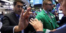 WALL STREET FINIT SANS TENDANCE