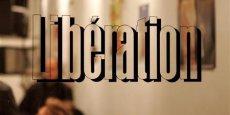 Dans une tribune publiée début août dans Libération, Laurent Joffrin (directeur de la publication) déclarait que l'équilibre économique de Libération suppose une réduction de ses effectifs d'environ 60 personnes sur environ 250 salariés, dont 180 journalistes.