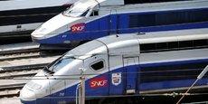 La SNCF entend faire passer son parc de TGV de 400 rames aujourd'hui à 300 d'ici à 2021.