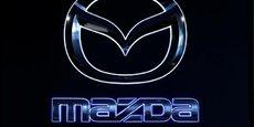 Mazda a encore battu ses records de vente et de rentabilité lors de son dernier exercice annuel 2016-2017, mais avec ses 1,5 million de voitures, ce constructeur pèse beaucoup moins lourd que Toyota et ses 10 millions de voitures.