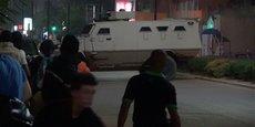 Les forces de sécurité burkinabé ont eu recours à des véhicules blindés pour déloger les assaillants dont le nombre exact reste inconnu du café-restaurant cible de l'attaque.