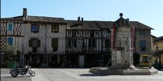 Dans le village d'Eymet en Dordogne, plus de 15% de la population sont des actifs ou des retraités anglais.