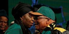 La récente entrée de Dlamini-Zuma à l'Assemblée nationale fait craindre à l'opposition une «nouvelle purge» au sein du gouvernement.