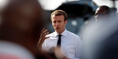 La popularité d'Emmanuel Macron continue de chuter, selon différentes enquêtes d'opinion. Son déplacement médiatisé dans les Antilles auprès des victimes de l'ouragan Irma va-t-il lui permettre de remonter la pente ?