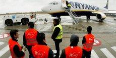 La compagnie à bas coûts précise que ses équipes basées en Europe seront toujours employées avec des contrats de travail irlandais.