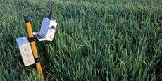 Le boîtier Peek, créé par la startup lannionnaise Copeek, est équipé d'un capteur photo et vidéo en haute définition qui permet à l'agriculteur et à l'éleveur un suivi à distance des parcelles végétales mais aussi des bâtiments d'élevages.