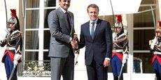 A Doha, Emmanuel Macron devrait assister avec l'émir du Qatar, Cheikh Tamim ben Hamad Al Thani, à la signature de plusieurs très gros contrats accordés aux industriels français, dont de nombreuses commandes militaires