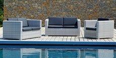Serge Ferrari rachète une société italienne spécialisée dans la fabrication de mobilier outdoor.