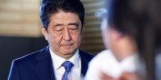 Cette dissolution de la chambre basse et l'annonce d'élections anticipées irritent deux Japonais sur trois selon un sondage publié dimanche 24 septembre. C'est sans doute la principale raison pour laquelle le Premier ministre Shinzo Abe a décidé de ce plan de relance publique.